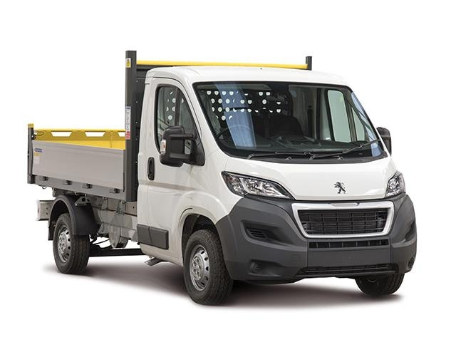 Peugeot Boxer Tipper ¾ Front View