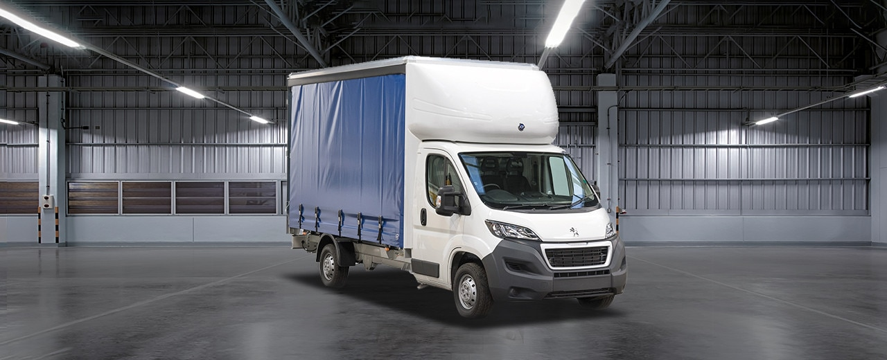 Peugeot Boxer Curtainside Van