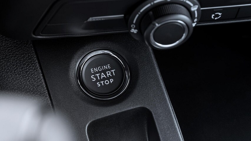 NEW PEUGEOT PARTNER: you too, on your utility, enjoy access and hands-free startup (ADML)