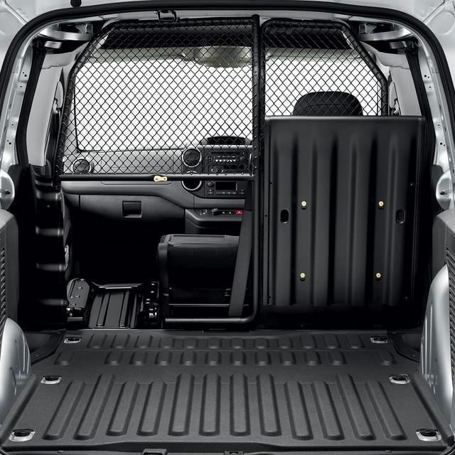 Peugeot Partner transportation