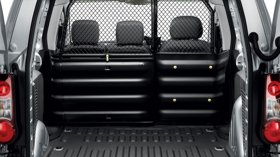 Peugeot Partner safe transport