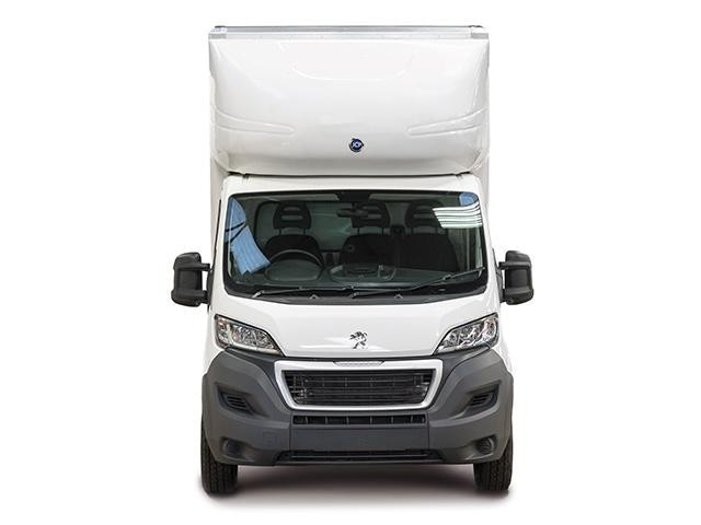 Peugeot Boxer Curtainsider Front View