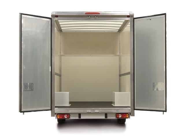 Low-Floor Luton Rear View - open doors