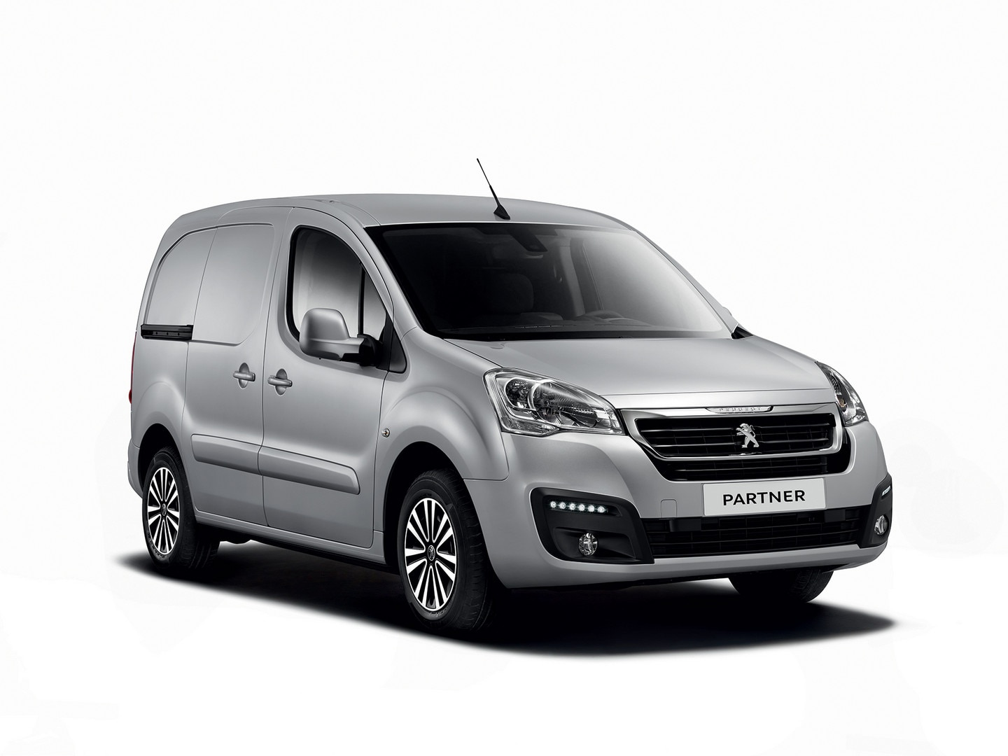 Toyota Van 2018 >> Peugeot Partner | Try the small van by Peugeot