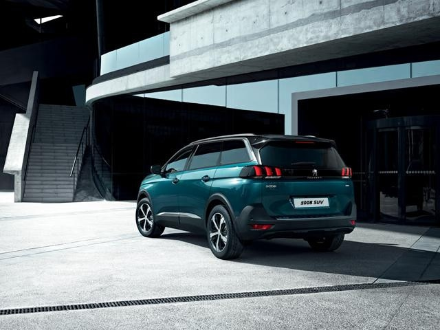 Peugeot 5008 SUV - Business Car