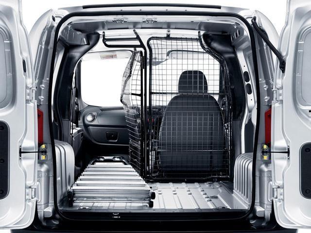 Peugeot Bipper loading capacity