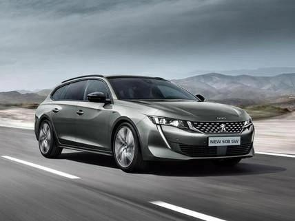silver-peugeot-508-sw-driving